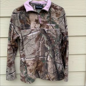 real tree camo pullover